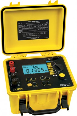AEMC 6250 Micro-Ohmmeter with Manual/Auto Temperature Compensation and DataView Software, 10A