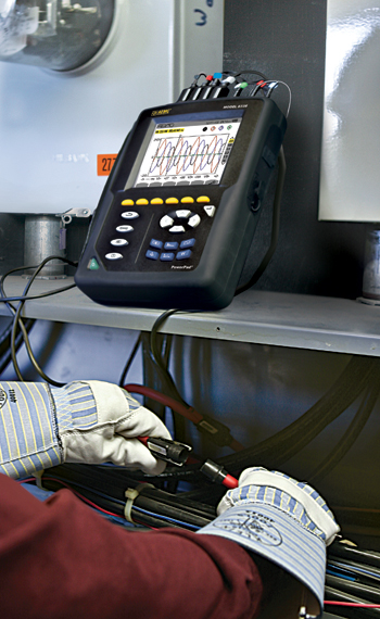 The AEMC 8335 PowerPad in use.