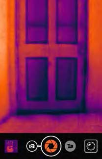 Seek LW-AAO Compact Wide View Advanced Thermal Imaging Camera for iPhone  with OtterBox uniVERSE Housing